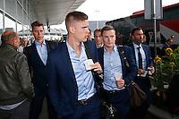 BELGRADO - 16-09-2015, aankomst vertrek AZ - FK Partizan, Partizanstadion, AZ speler Markus Henriksen (m), AZ speler Robert Muhren (l), AZ speler Mattias Johansson.