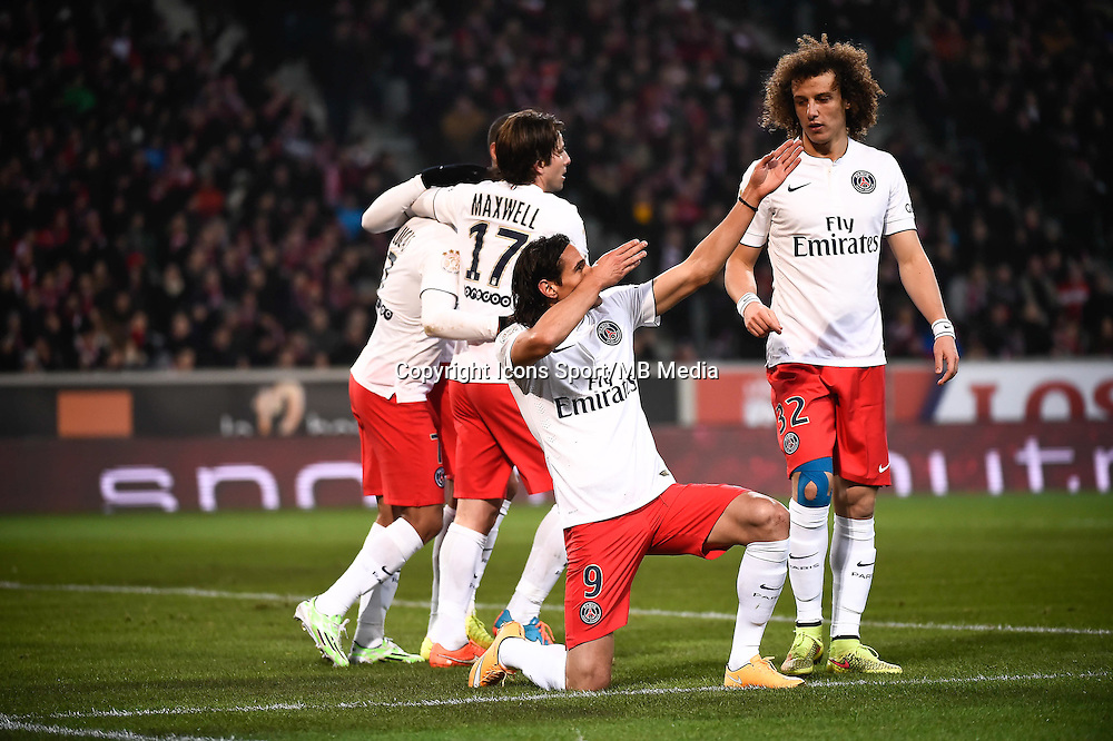 Joie PSG - Edinson CAVANI - 03.12.2014 - Lille / Paris Saint Germain - 16eme journee de Ligue 1<br />Photo : Fred Porcu / Icon Sport