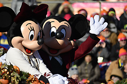 November 22, 2018 - Philadelphia, Pennsylvania, United States - Disney's Mini and Mickey Mouse ride on a Walt Disney World carriage during the 99th 6ABC/Dunkin' Donuts Annual Thanksgiving Day parade, in Philadelphia, PA, on November 22, 2018. The annual parade on Benjamin Franklin Parkway is the oldest in the nation. (Credit Image: © Bastiaan Slabbers/NurPhoto via ZUMA Press)
