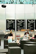 SERPENTINE PAVILION 2006, LONDON, W2 PADDINGTON, UK, REM KOOLHAAS - OFFICE FOR METROPOLITAN ARCHITECTURE, INTERIOR, DETAIL OF CAFE