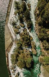 THEMENBILD - der Traunfall mit dem Fluss aufgenommen am 24. April 2019 in Steyrermühl, Oesterreich // the Traunfall with the river in  Steyrermuehl, Austria on 2019/04/24. EXPA Pictures © 2019, PhotoCredit: EXPA/ JFK
