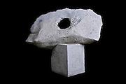 Hueco .Piedra granito. 1.0 x 1.0 x 0.80 m 2006