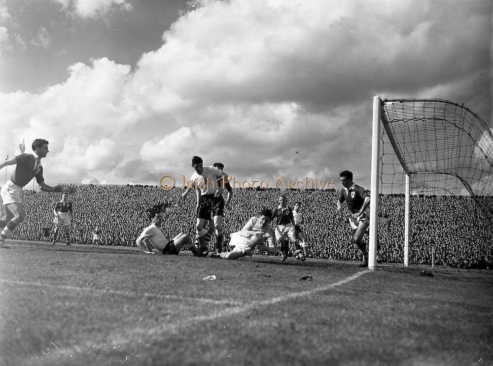 19/05/1957<br /> 05/19/1957<br /> 19 May 1957<br /> <br /> World Cup Qualifier, Ireland vs. England at Dalymount Park.