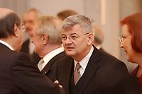 15 JAN 2003, BERLIN/GERMANY:<br /> Joschka Fischer, B90/Gruene, Bundesuassenminister, waehrend dem Neujahrsempfang des Bundespraesidenten fuer das Diplomatische Korps im Schloss Bellevue<br /> IMAGE: 20030115-02-005