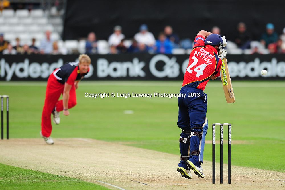 "Essex ""Eagles"" v Lancashire ""Lighting"" at Essex County Cricket Ground, Chelmsford, Esesx. 16.06.13. Mandatory Credit: © Leigh Dawney"