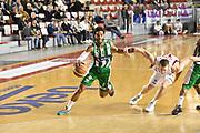 DESCRIZIONE : Roma Lega A 2014-15 <br /> Acea Virtus Roma - Sidigas Avellino <br /> GIOCATORE : Adrian Banks <br /> CATEGORIA : penetrazione palleggio blocco<br /> SQUADRA : Sidigas Avellino <br /> EVENTO : Campionato Lega A 2014-2015 <br /> GARA : Acea Virtus Roma - Sidigas Avellino <br /> DATA : 04/04/2015<br /> SPORT : Pallacanestro <br /> AUTORE : Agenzia Ciamillo-Castoria/GiulioCiamillo<br /> Galleria : Lega Basket A 2014-2015  <br /> Fotonotizia : Roma Lega A 2014-15 Acea Virtus Roma - Sidigas Avellino