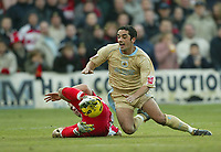 Photo: Aidan Ellis.<br /> Doncaster Rovers v Bristol City. Coca Cola League 1.<br /> 26/11/2005.<br /> Bristol's Scott Murray cant get past the Doncaster defence