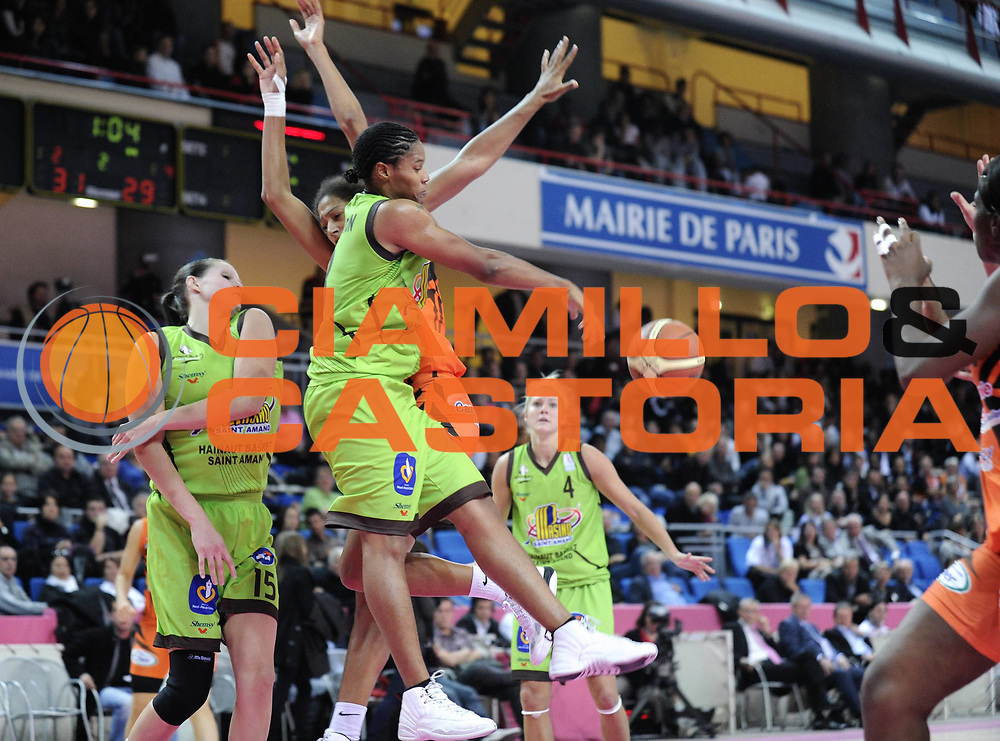 DESCRIZIONE : Ligue Feminine de Basket Ligue 1 Journee a Paris<br /> GIOCATORE : COVINGTON Jazz<br /> SQUADRA : Saint-Amand-les-Eaux<br /> EVENTO : Ligue Feminine 2010-2011<br /> GARA : Bourges Saint-Amand-les-Eaux<br /> DATA : 16/10/2010<br /> CATEGORIA : Basketbal France Ligue Feminine<br /> SPORT : Basketball<br /> AUTORE : JF Molliere par Agenzia Ciamillo-Castoria <br /> Galleria : France Basket 2010-2011 Action<br /> Fotonotizia : Ligue Feminine de Basket Ligue 1 Journee &agrave; Paris<br /> Predefinita :