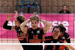 26-10-2019 NED: Dros Alterno - Set Up 65, Apeldoorn<br /> Round 4 of Eredivisie volleyball - Martine Stevelink #12 of Set Up, Pien Vos #3 of Set Up