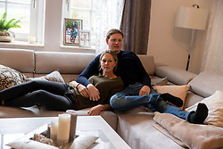 WERNKE Jan, HOPPE Paweena (Freundin)<br /> Wohnung<br /> Holdorf - Homestory Jan Wernke 2020<br /> www.sportfotos-lafrentz.de/Stefan Lafrentz<br /> 19. Februar 2020