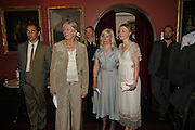 MARK RYLANCE, VANESSA REDGRAVE, CLAIRE VAN KAMPEN AND JULIET RYLANCE, Vanessa Redgrave and Thelma Holt host a reception at the<br />Theatre Museum in Russell Street (in Covent Garden) to campaign proposed move of museum out of the West End. Tuesday 16 May 2006ONE TIME USE ONLY - DO NOT ARCHIVE  © Copyright Photograph by Dafydd Jones 66 Stockwell Park Rd. London SW9 0DA Tel 020 7733 0108 www.dafjones.com