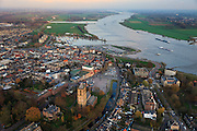 Nederland, Gelderland, Tiel, 15-11-2010;.Zicht op Tiel aan de rivier de Waal bij hoogwater. View at Tiel along the river Waal at high tide..luchtfoto (toeslag), aerial photo (additional fee required).foto/photo Siebe Swart