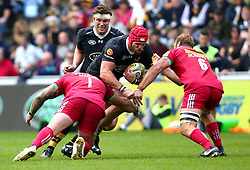James Haskell of Wasps is tackled by Joe Marler of Harlequins and Chris Robshaw of Harlequins - Mandatory by-line: Robbie Stephenson/JMP - 17/09/2017 - RUGBY - Ricoh Arena - Coventry, England - Wasps v Harlequins - Aviva Premiership