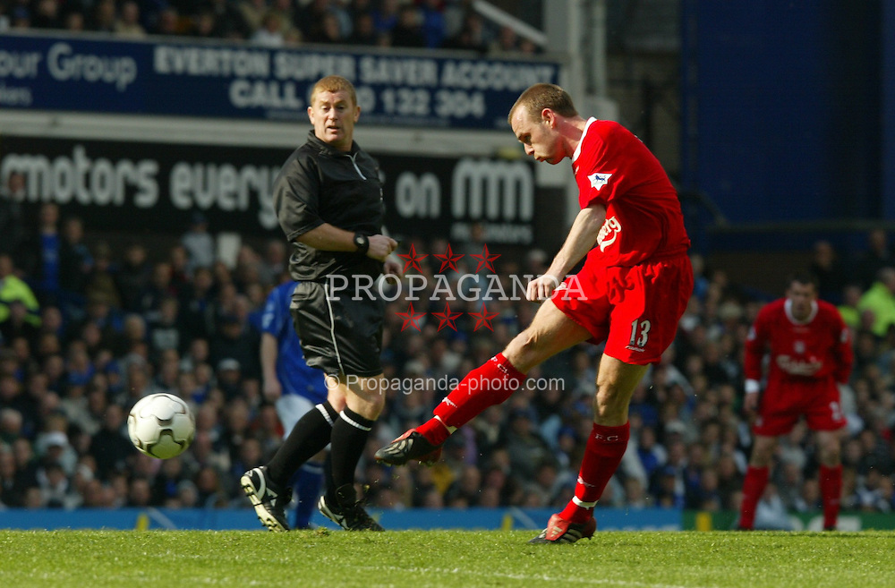 LIVERPOOL, ENGLAND - Saturday, April 19, 2003: Liverpool's Danny Murphy fires in a shot on the Everton goal during the Merseyside Derby Premiership match at Goodison Park. (Pic by David Rawcliffe/Propaganda)