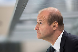 12.02.2016, Olympiaworld, Innsbruck, AUT, Euro Ice Hockey Challenge, Slowenien vs Frankreich, im Bild Headcoach Nik Zupancic (SLO) // Headcoach Nik Zupancic of Slowenia during the Euro Icehockey Challenge Match between Slovenia and France at the Olympiaworld in Innsbruck, Austria on 2016/02/12. EXPA Pictures © 2016, PhotoCredit: EXPA/ Jakob Gruber