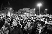 """ROMA - 24 GENNAIO 2015: La manifestazione """"La notte dell'Onestà"""" indetta dal Movimento 5 Stelle """"per riportare travolta dallo scandalo di 'Mafia Capitale'"""", in piazza del Popolo, Roma, il 24 gennaio 2015"""
