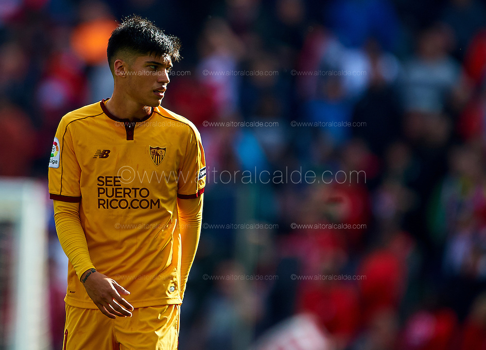 GRANADA, SPAIN - DECEMBER 03:  Joaquin Correa of Sevilla FC looks on during the La Liga match between Granada CF and Sevilla FC at Estadio Nuevos Los Carmenes on December 03, 2016 in Granada, Spain.  (Photo by Aitor Alcalde Colomer/Getty Images)