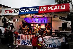 06.06.2015, Garmisch Partenkirchen, GER, G7 Gipfeltreffen auf Schloss Elmau, Circa 5000 Menschen demonstrieren in Garmisch-Patenkirchen gegen den G7-Gipfel im benachbarten Elmau, im Bild Die Buehne der Schlusskundgebung // uring Protest of the G7 opponents prior to the scheduled G7 summit which will be held from 7th to 8th June 2015 in Schloss Elmau near Garmisch Partenkirchen, Germany on 2015/06/06. EXPA Pictures © 2015, PhotoCredit: EXPA/ Eibner-Pressefoto/ Gehrling<br /> <br /> *****ATTENTION - OUT of GER*****
