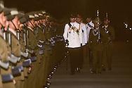 Hong Kong. Prince Charles and the last Gurkhas regiment Se Kong    / Le prince Charles passe pour la dernière fois en revue le bataillon Gurkha avant son démantèlement dans la base de Se Kong à  HongKong  / R00057/21    L1088  /  P0000887