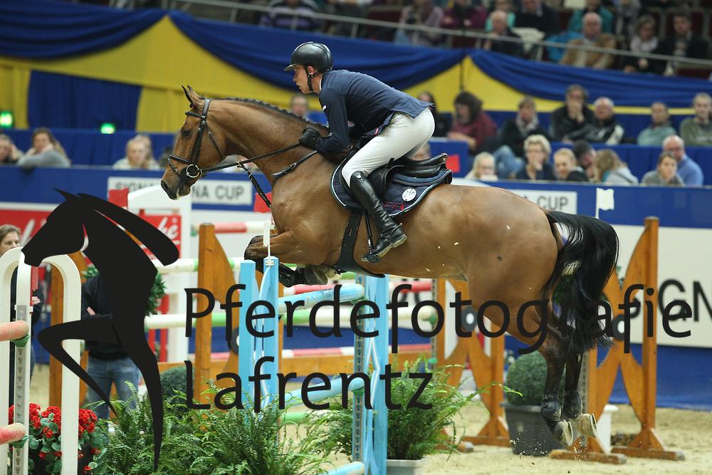 Stevens, Mario (GER), Banana Pancake<br /> Dortmund - Signal Iduna Cup 2016<br /> Grosser Preis der Bundesrepublik<br /> © www.sportfotos-lafrentz.de / Stefan Lafrentz