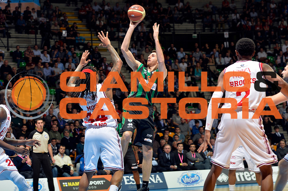 DESCRIZIONE : Final Eight Coppa Italia 2015 Desio Quarti di Finale Olimpia EA7 Emporio Armani Milano - Sidigas Scandone Avellino<br /> GIOCATORE : Marc Trasolini<br /> CATEGORIA : tiro<br /> SQUADRA : Sidigas Avellino<br /> EVENTO : Final Eight Coppa Italia 2015 Desio<br /> GARA : Olimpia EA7 Emporio Armani Milano - Sidigas Scandone Avellino<br /> DATA : 20/02/2015<br /> SPORT : Pallacanestro <br /> AUTORE : Agenzia Ciamillo-Castoria/Max.Ceretti