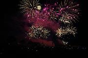 Mannheim. 29.07.17 | ID 048 |<br /> Maimarktgel&auml;nde. Pyrogames. Feuerwerker in vier Teams z&uuml;nden ihre Feuerwerkchoreografien ab und lassen sich vom Publikum bewerten. <br /> <br /> Bild: Markus Pro&szlig;witz 29JUL17 / masterpress
