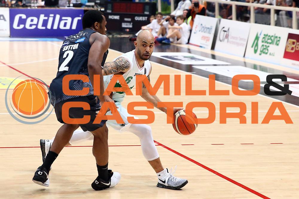 Jefferson Johndre<br /> Dolomiti Energia Trentino vs Sidigas Avellino<br /> Lega Basket Serie A 2016/2017<br /> Trento, 07/05/2017<br /> Foto Ciamillo-Castoria/A. Gilardi