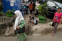 Street scene, Scene de rue.  Menteng. Jakarta.