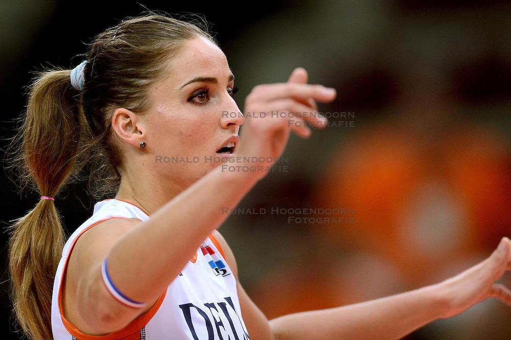 23-09-2014 ITA: World Championship Nederland - Kazachstan, Verona<br /> Nederland wint de opening wedstrijd met 3-0 / Myrthe Schoot