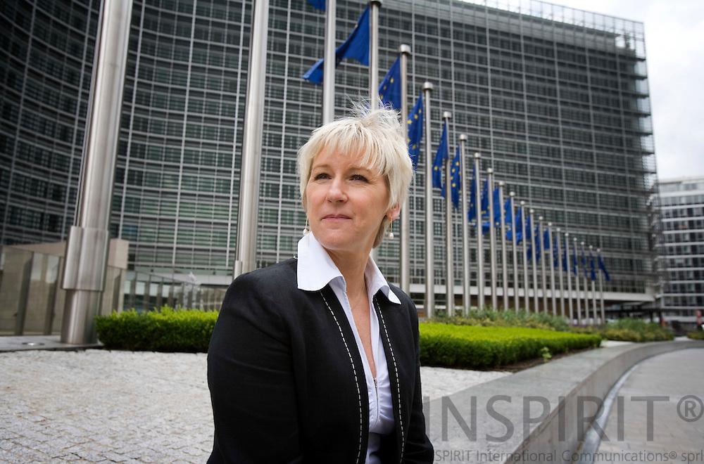 BRUSSELS - BELGIUM - 25 JUNE 2007 -- Margot WALLSTROEM, EU Commisioner with the Berlaymont in the back. Photo: Erik Luntang