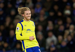 LEICESTER, ENGLAND - Boxing Day Monday, December 26, 2016: Everton's Tom Davies in action against Leicester City during the FA Premier League match at Filbert Way. (Pic by David Rawcliffe/Propaganda)