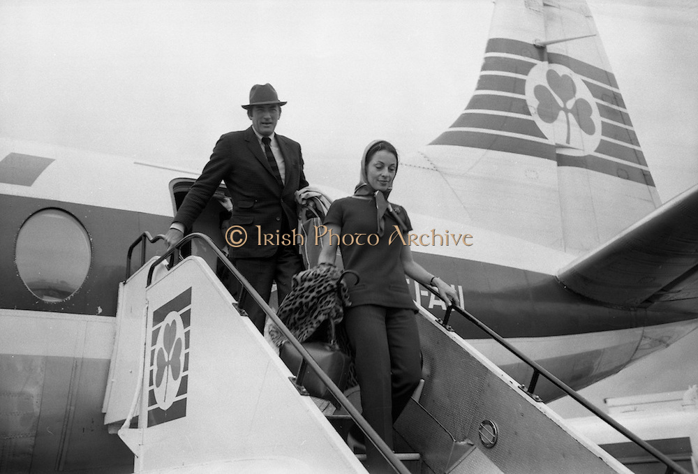 Popular film star Gregory Peck, and his wife, Veronique, arrive for a short holiday in Kerry. The actor's paternal  grandmother, Catherine Ashe, was related to Thomas Ashe, from Lispole, Co Kerry, who took part in the Easter Rising and died while on hunger strike in 1917. <br /> 20.09.1968