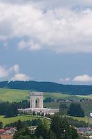 SACRARIO MILITARE, ASIAGO (VI), ALTOPIANO DEI SETTE COMUNI, VENETO, ITALIA
