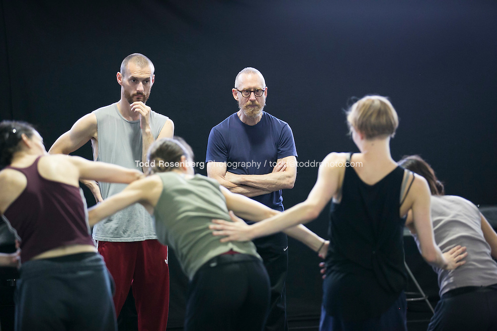 10/2/15 3:44:04 PM -- Hubbard Street Dance Chicago <br /> <br /> Choreographer William Forsythe in studio with the main company. <br /> <br /> . &copy; Todd Rosenberg Photography 2015