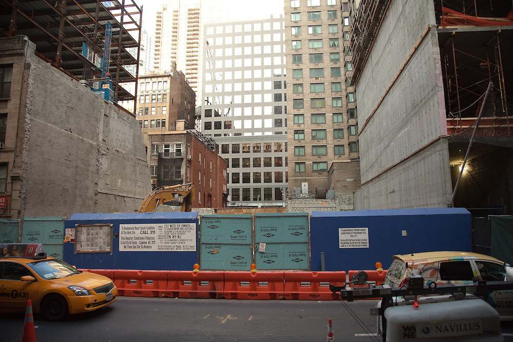 In the middle between the two construction sides<br /> December 14th, 2011