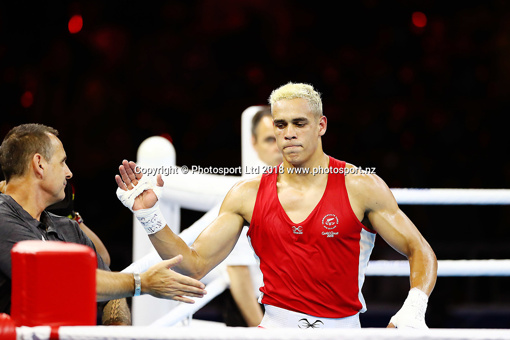 David Nyika of New Zealand takes the win against Cheavon Clarke of England at the Men's 91kg Semifinal. Gold Coast 2018 Commonwealth Games, Wrestling, Gold Coast, Australia. 13 April 2018 © Copyright Photo: Anthony Au-Yeung / www.photosport.nz