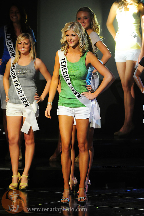 "November 22, 2009; Rancho Mirage, CA, USA; Miss Temecula Teen USA Kelsey Hutchison smiles after being announced a Top 15 finalist during the Miss California Teen USA 2010 Pageant at ""The Show"" at the Agua Caliente Resort & Spa. Mandatory Credit: Kyle Terada-Terada Photo"