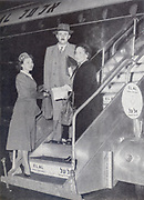 Moshe Sharett Arrives with Mrs Sharett in New York on El-Al plane. Moshe Sharett Moshe Shertok 15 October 1894 – 7 July 1965) was the second Prime Minister of Israel (1954–55), serving for a little under two years between David Ben-Gurion's two terms. He continued as Foreign Minister (1955–56) in the Mapai government.
