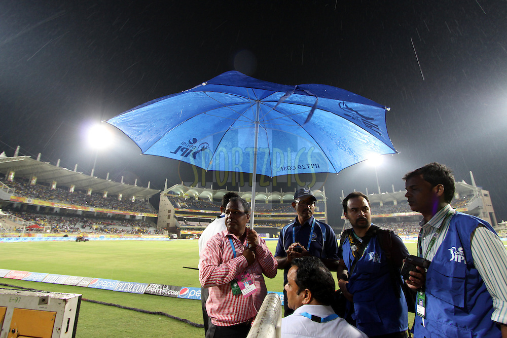 Rain Falling during match 21 of the Pepsi Indian Premier League Season 2014 between the Chennai Superkings and the Kolkata Knight Riders  held at the JSCA International Cricket Stadium, Ranch, India on the 2nd May  2014Photo by Deepak Malik / IPL / SPORTZPICSImage use subject to terms and conditions which can be found here:  http://sportzpics.photoshelter.com/gallery/Pepsi-IPL-Image-terms-and-conditions/G00004VW1IVJ.gB0/C0000TScjhBM6ikg