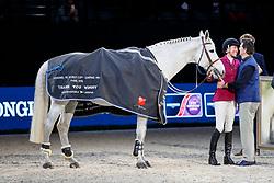 DINIZ Luciana (POR), Winningmood, Édouard de ROTHSCHILD (Pferdebesitzer)<br /> Paris - FEI World Cup Finals 2018<br /> Verabschiedung Winningmood aus dem Sport<br /> www.sportfotos-lafrentz.de/Stefan Lafrentz<br /> 14. April 2018