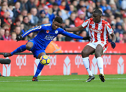 Demarai Gray of Leicester City battles for the ball with Kurt Zouma of Stoke City - Mandatory by-line: Paul Roberts/JMP - 04/11/2017 - FOOTBALL - Bet365 Stadium - Stoke-on-Trent, England - Stoke City v Leicester City - Premier League
