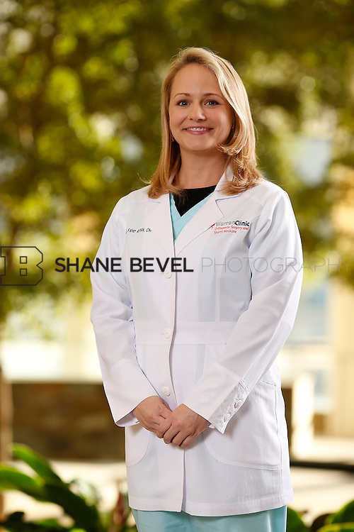 2/24/16 5:57:06 PM --  Warren Clinic Orthopedic group and individual photos. <br /> <br /> Photo by Shane Bevel