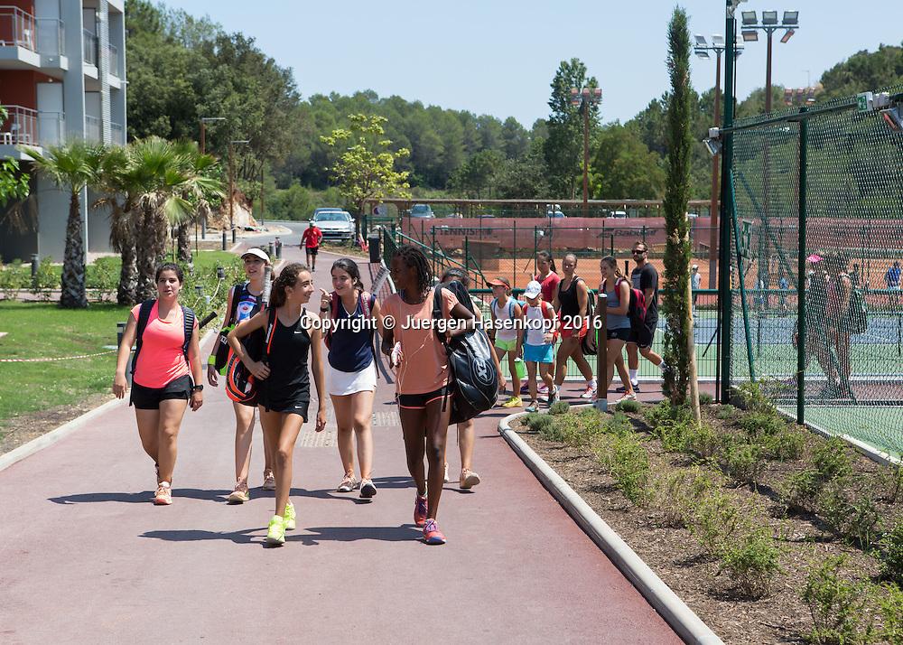 Mouratoglou Tennis Academy M.T.A Sophia Country Club, Biot, FRA.<br /> <br />  - Mouratoglou Tennis Academy  -  -   Sophia Country Club, - Biot -  - Frankreich  - 26 July 2016. <br /> &copy; Juergen Hasenkopf
