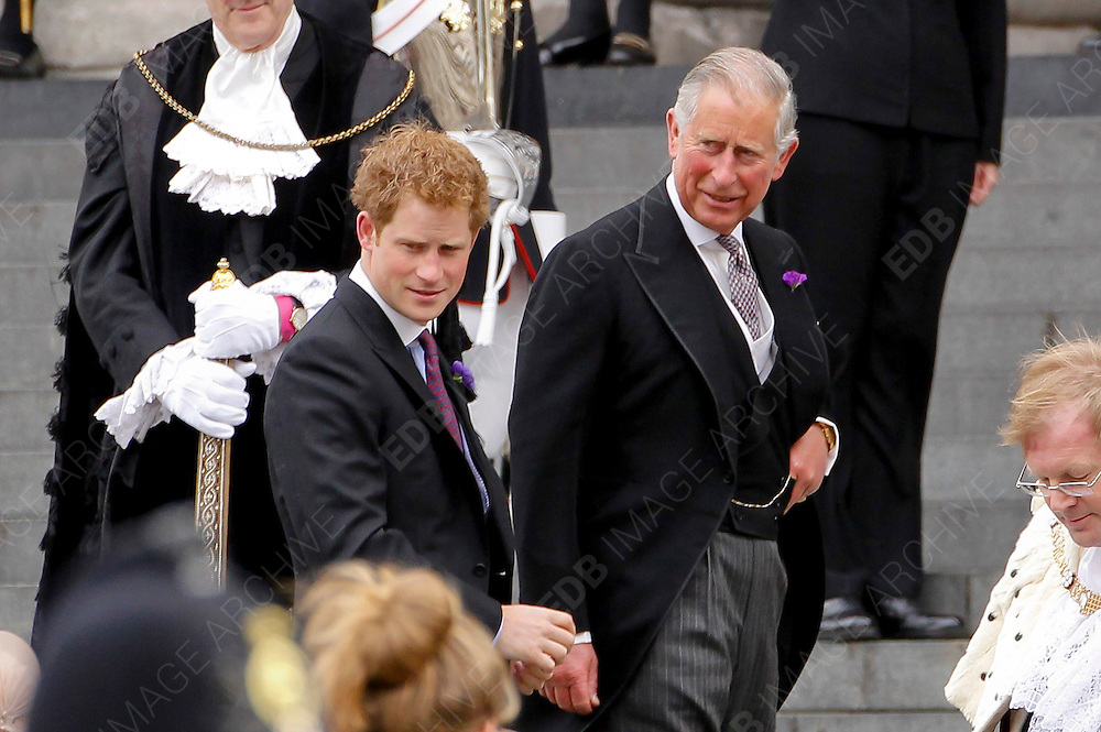 05.JUNE.2012. LONDON<br /> <br /> PRINCE CHARLES AND PRINCE HARRY ARRIVE AT ST PAUL'S CATHEDRAL TO CELEBRATE THE DIAMOND JUBILEE. LONDON.<br /> <br /> BYLINE: EDBIMAGEARCHIVE.CO.UK<br /> <br /> *THIS IMAGE IS STRICTLY FOR UK NEWSPAPERS AND MAGAZINES ONLY*<br /> *FOR WORLD WIDE SALES AND WEB USE PLEASE CONTACT EDBIMAGEARCHIVE - 0208 954 5968*