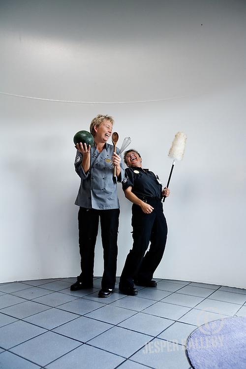 Søren Jensen + modtager af skulderklap.Kantine og rengøringspersonale.Varde
