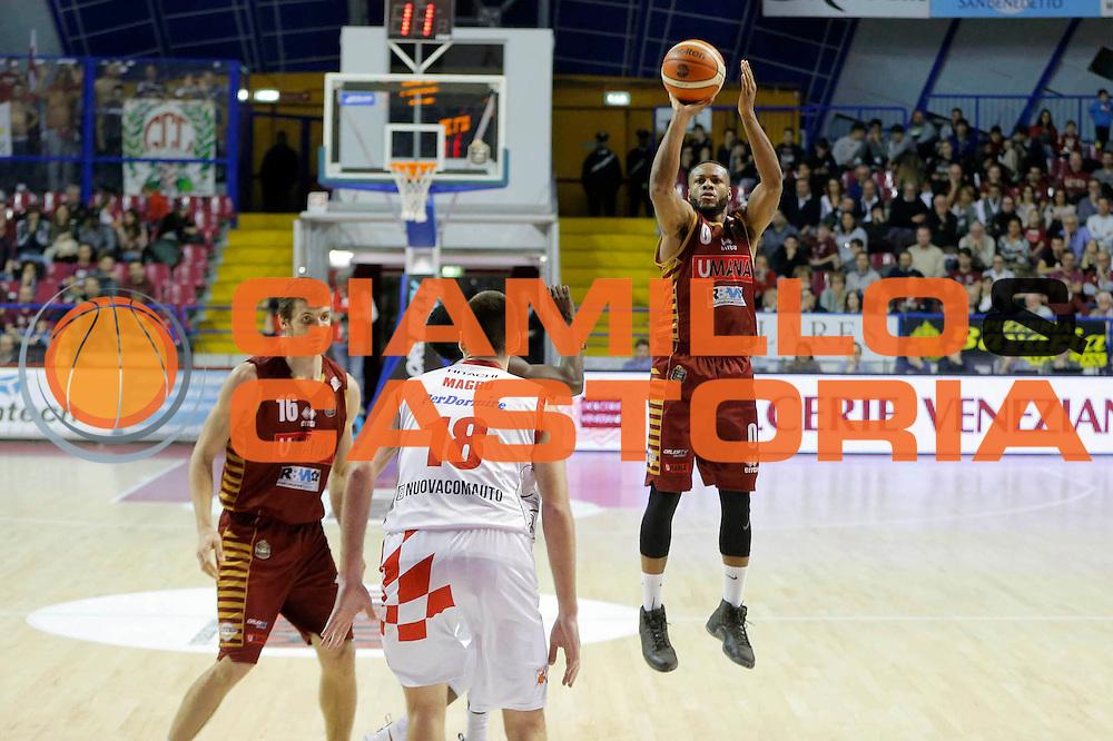 MarQuez Haynes<br /> Umana Reyer Venezia - Betaland Capo d'Orlando<br /> Lega Basket Serie A 2016/2017<br /> Venezia 09/10/2016<br /> Foto Ciamillo-Castoria