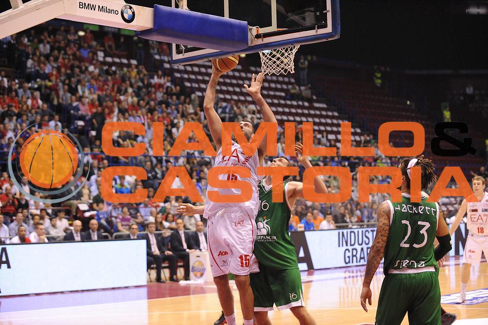 DESCRIZIONE : Milano Lega A 2012-13 Play Off Quarti di Finale Gara1 EA7 Olimpia Armani Milano Montepaschi Siena<br /> GIOCATORE : Ioannis Bourousis<br /> CATEGORIA : tiro<br /> SQUADRA : EA7 Olimpia Armani Milano Montepaschi Siena<br /> EVENTO : Campionato Lega A 2012-2013 Play Off Quarti di Finale Gara1<br /> GARA : EA7 Olimpia Armani Milano Montepaschi Siena<br /> DATA : 10/05/2013<br /> SPORT : Pallacanestro<br /> AUTORE : Agenzia Ciamillo-Castoria/M.Marchi<br /> Galleria : Lega Basket A 2012-2013<br /> Fotonotizia : Milano Lega A 2012-13 EA7 Olimpia Armani Milano Montepaschi Siena<br /> Predefinita :