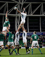 Photo © SPORTZPICS /  SECONDS LEFT IMAGES 2010 - South African captain Victor Matfield takes control of the lineout - Ireland v South Africa - Guinness Series - Aviva Stadium - Dublin - 06/11/2010 -  Ireland - All Rights reserved
