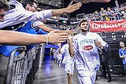 DESCRIZIONE : Berlino Berlin Eurobasket 2015 Group B Germany Germania - Italia Italy<br /> GIOCATORE : Alessandro Gentile<br /> CATEGORIA : Before Pregame Fair Play<br /> SQUADRA : Italia Italy<br /> EVENTO : Eurobasket 2015 Group B<br /> GARA : Germany Italy - Germania Italia<br /> DATA : 09/09/2015<br /> SPORT : Pallacanestro<br /> AUTORE : Agenzia Ciamillo-Castoria/M.Longo