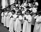 1969 - 04/12 Children's Christmas Choir at Mansion House